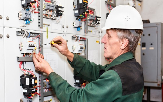 Maintenance-Contracts-Electrical