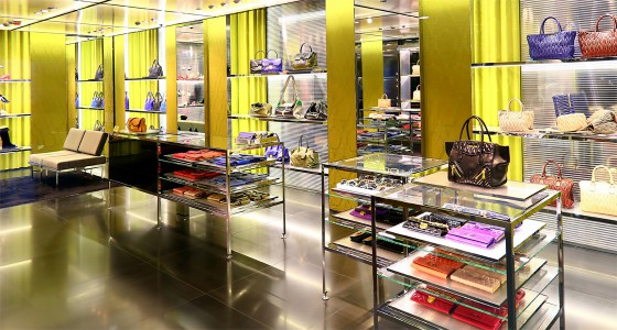 Retail-Shop-Fitting-Effective-&-Modern
