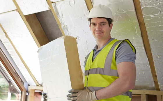 Insulation-services-fitting-insulation-construction-project-managment-energy-saving-and-property-maintenance